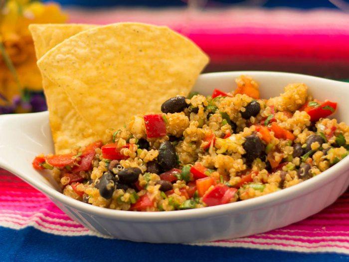 Quinoa Salad with Black Beans and Veggies