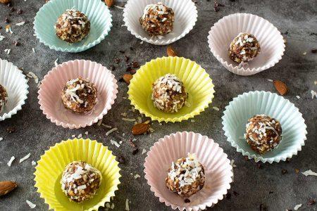 Almendra-Especias-Cacao-Bolas