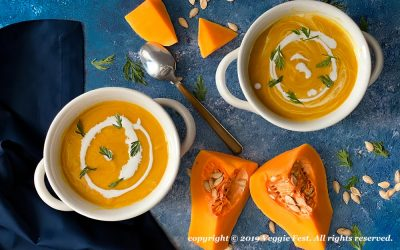 Mom's-Autumn-Carrot-and-Squash-Soup-w